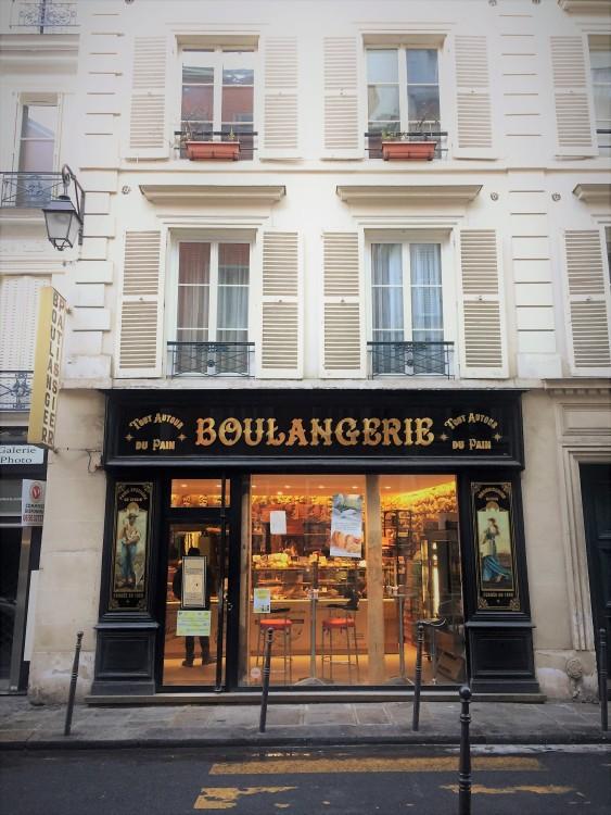 Tout-autour-du-pain-fachada-marais-30joursaparis