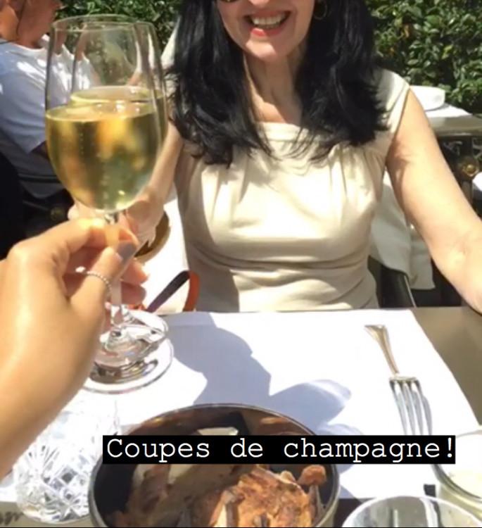 Pequenos_prazeres-em-Paris-coupe-de-champagne-30joursaparis