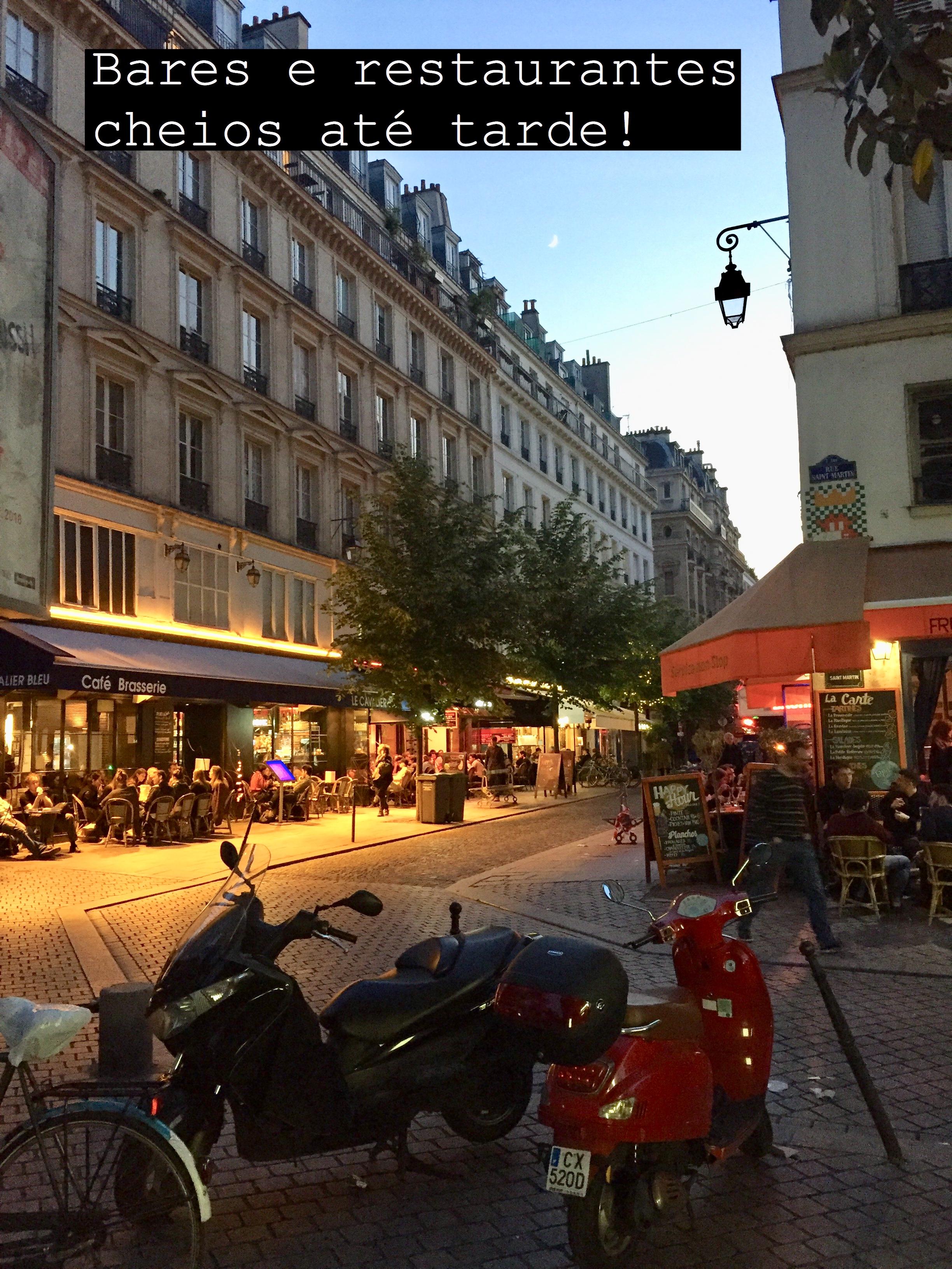 Pequenos_prazeres-em-Paris-ruas-cheias-30joursaparis