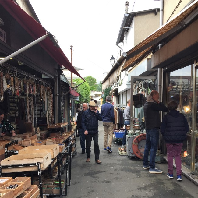 mercado-de-pulgas-de-saint-ouen-corredores-30joursaparis