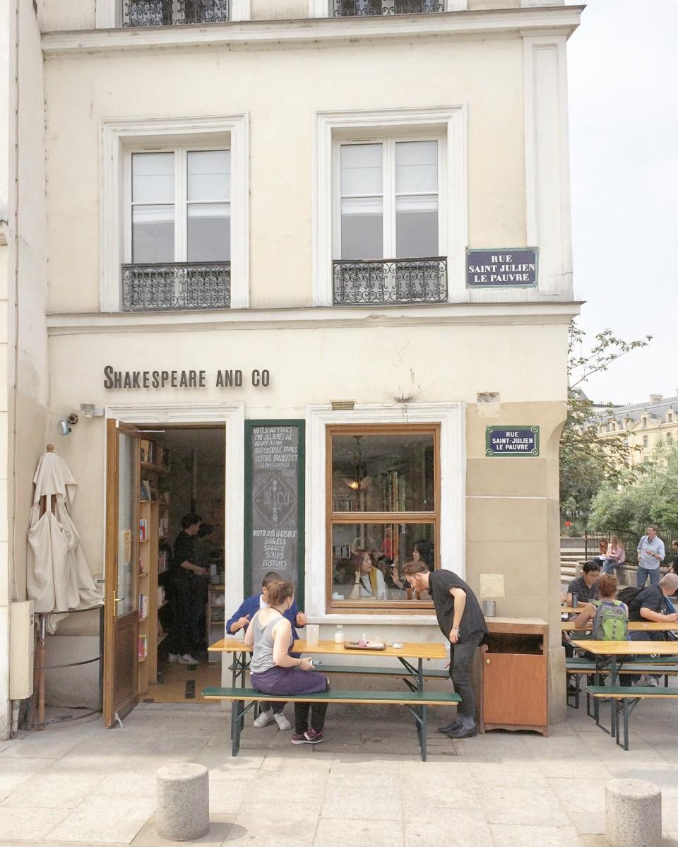 06-shakespeare-and-co-cafe-paris-30joursaparis-960x1199.jpg