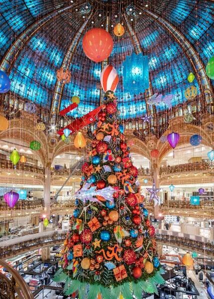 Decoração de Natal 2020 das Galeries Lafayette.
